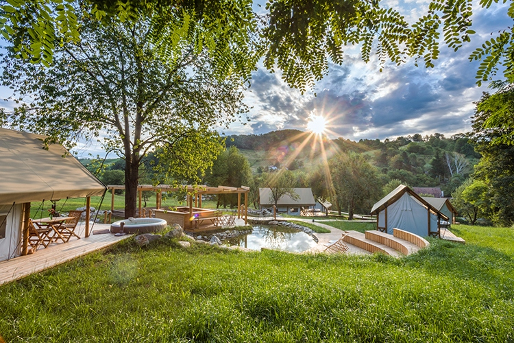 glamping  resort chateau ramsak